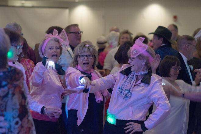 pink-ladies-event-fmb-community-foundation