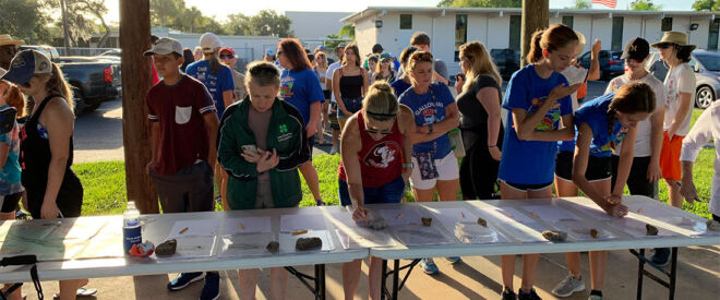 signing in for a kids 5k-fmb community foundation fundraising