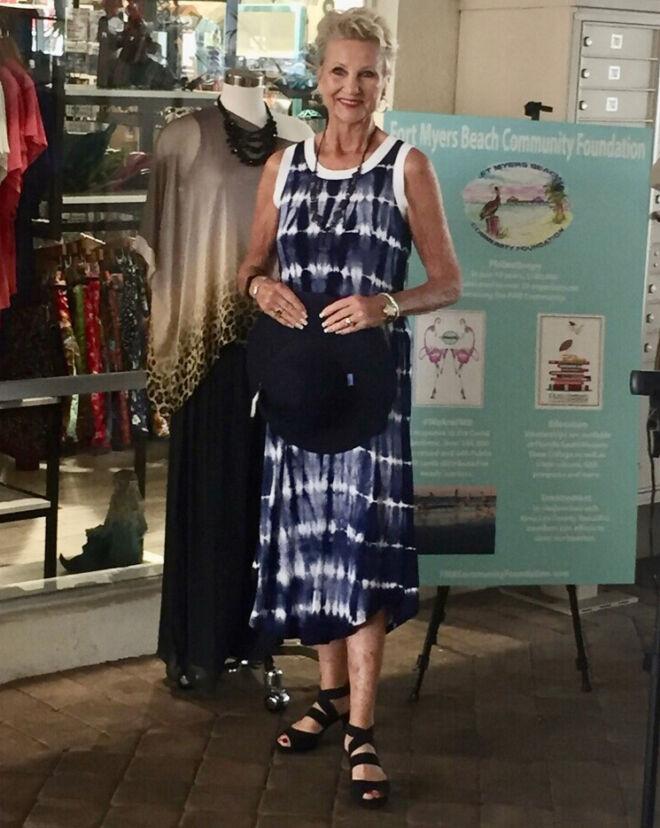 comfortable-flowing-tye-dye-dress--fashion-show
