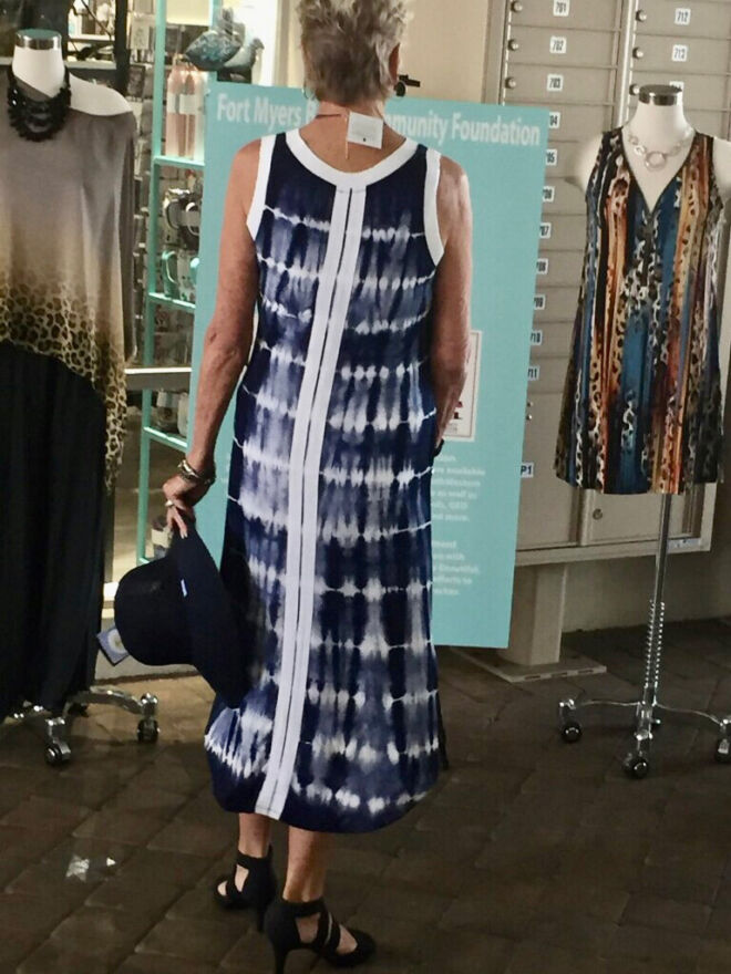 comfortable-flowing-tye-dye-dress-stylish-back---fashion-show